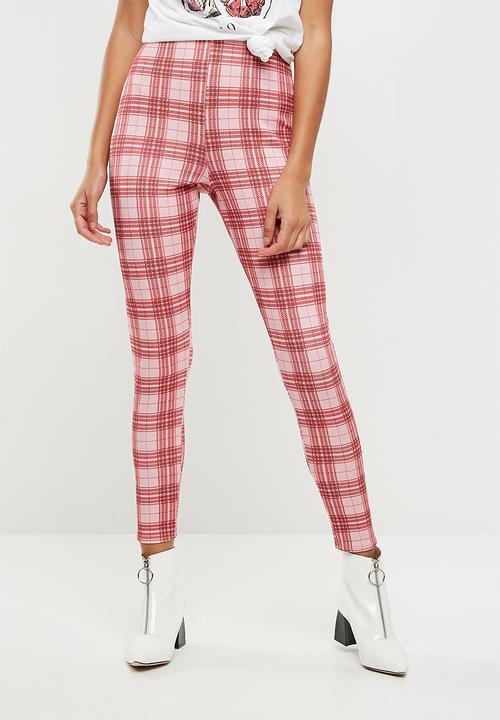 a60ea4bbac913c Scuba check cigarette trousers - pink Missguided Trousers ...