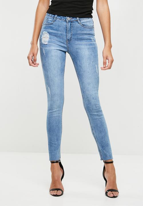93b6cb706634e Sinner clean distressed skinny - light blue Missguided Jeans ...