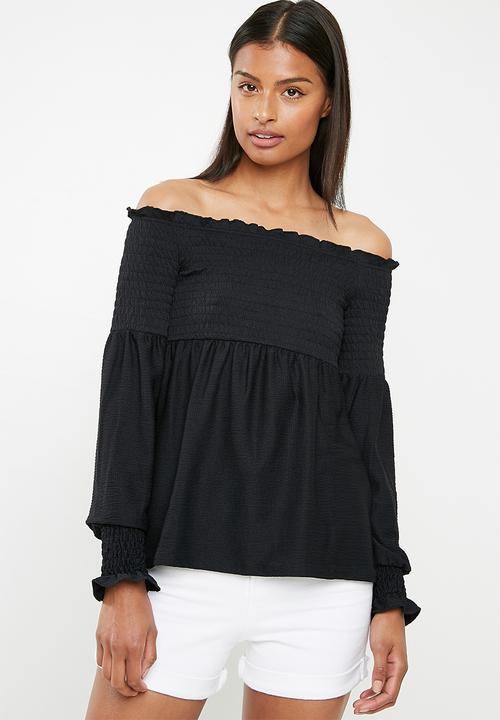 a53350dea101 Gurli off shoulder top - Black Pieces T-Shirts, Vests & Camis ...