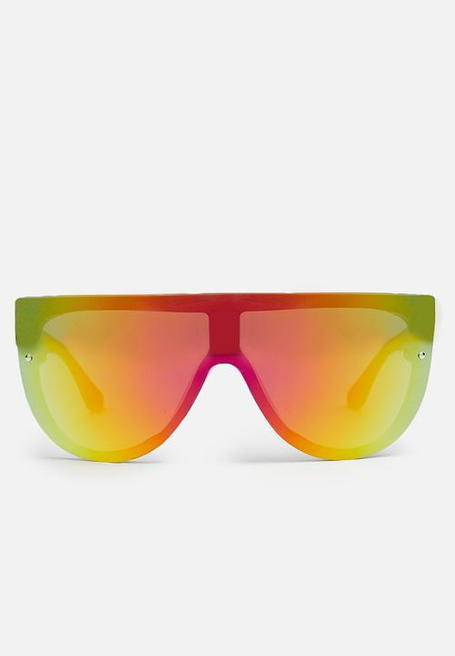 5b35d34ffde38 Reflective visor sunglasses-yellow Missguided Eyewear