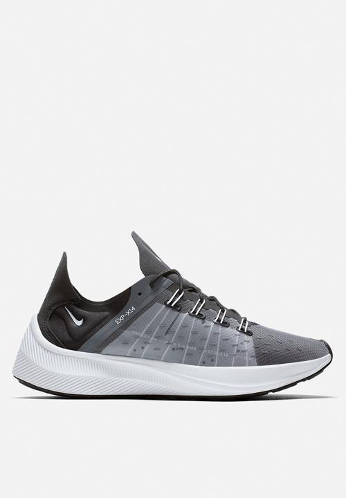 Nike Future Fast Racer - AO1554-003 - Black   Dark Grey   Wolf Grey ... b472bc89f