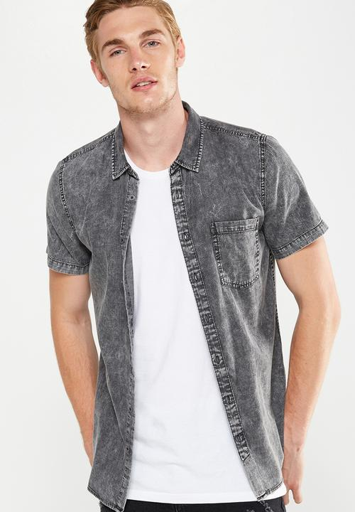 3f475179 91 short sleeve shirt - textured black denim Cotton On Shirts ...