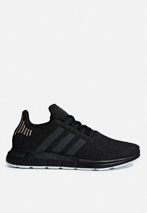 b2d39bbaf5e7ce adidas Originals - Swift Run W - Core Black   Carbon   Ftwr White ...