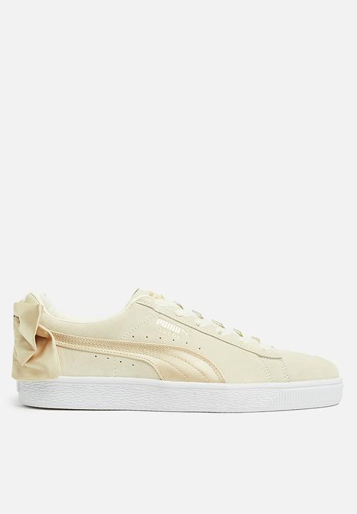 aaf84a9abac55d Suede Bow Varsity Wn s - 367732 03 - MARSHMALLOW GOLD PUMA Sneakers ...