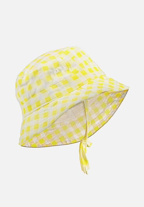 Baby bucket hat - yellow gingham Cotton On Accessories  2e576539d2d