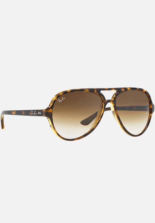 ee6cf9a4fc6 Ray-Ban Classic Cats 5000 Sunglasses Mid Brown Ray-Ban Eyewear ...