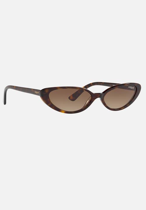 132a11cc88 Gigi Hadid Cat-Eye Sunglasses Dark Brown Vogue Eyewear