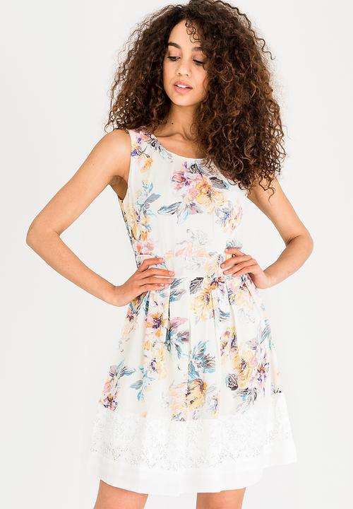 Floral Tea Dress Cream Revenge Formal Superbalist