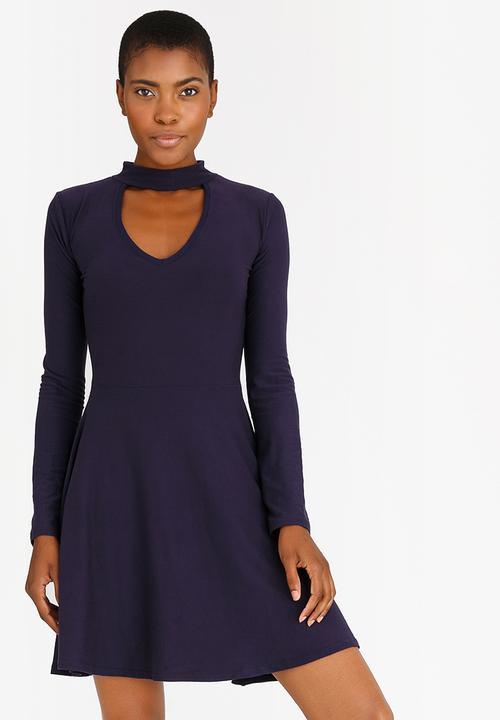 645a615ce73 Choker Neckline Dress Navy c(inch) Casual