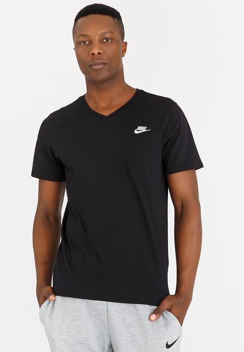 NIKE M NSW TEE VNK CLUB EMBRD FTRA Black Nike T-Shirts  e35517dbaabbd