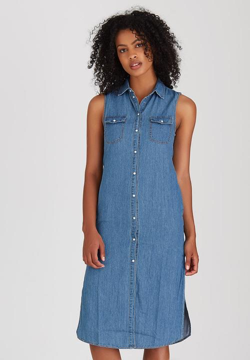 f85e527ae9 Longline Denim Shirt Dress Blue Boohoo Casual