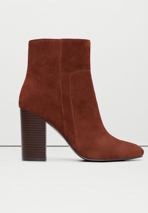 c322496ef28 Suede Wide Heel Ankle Boots Mid Brown