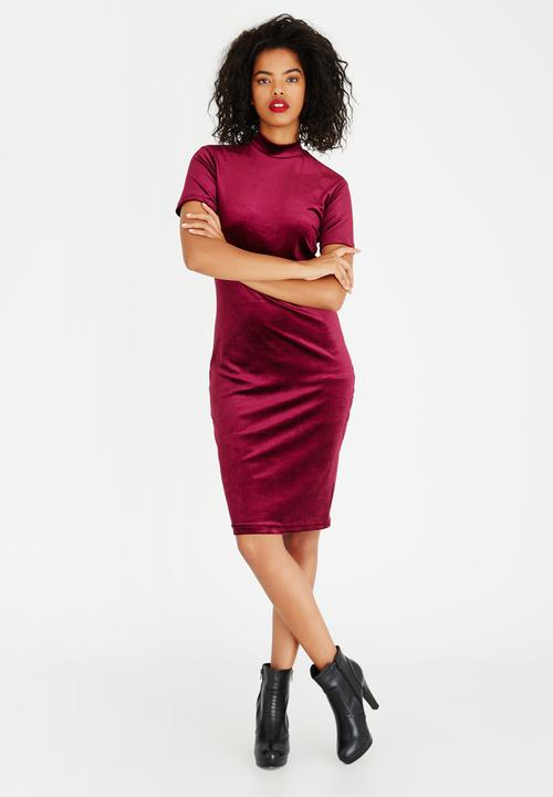 525411d765 Velvet Bodycon Dress Dark Purple STYLE REPUBLIC Casual | Superbalist.com
