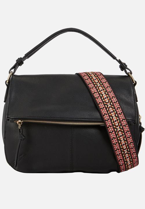 Galewet Shoulder Bag Black Call It Spring Bags   Purses ... 5959f607bc169