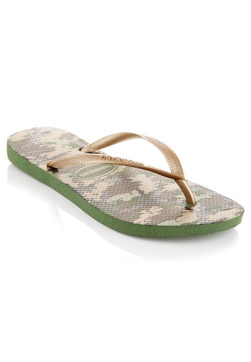 e7fafb8545c13 Camo flip-flops Green Havaianas Sandals   Flip Flops