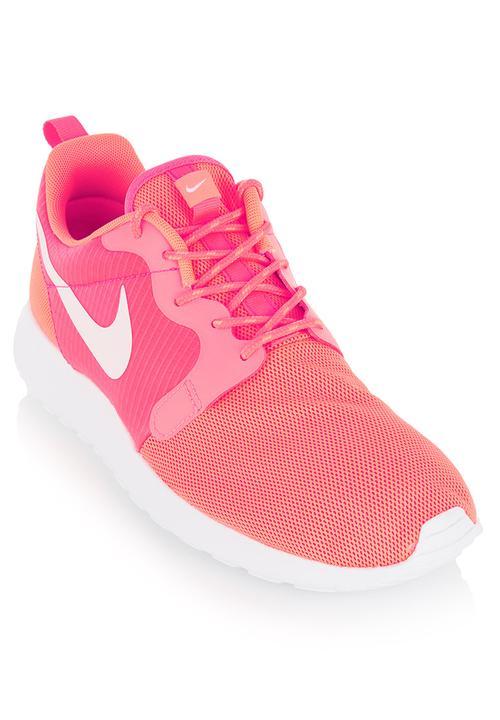95b2b347cd3f Roshe Run Hyperfuse Trainer Orange Nike Trainers