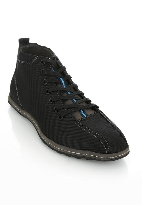 aeae0dfe4fd Niels ankle boots Black
