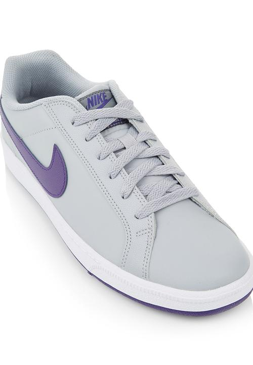 5918d8f34105 Court Majestic Trainers Grey Nike Trainers