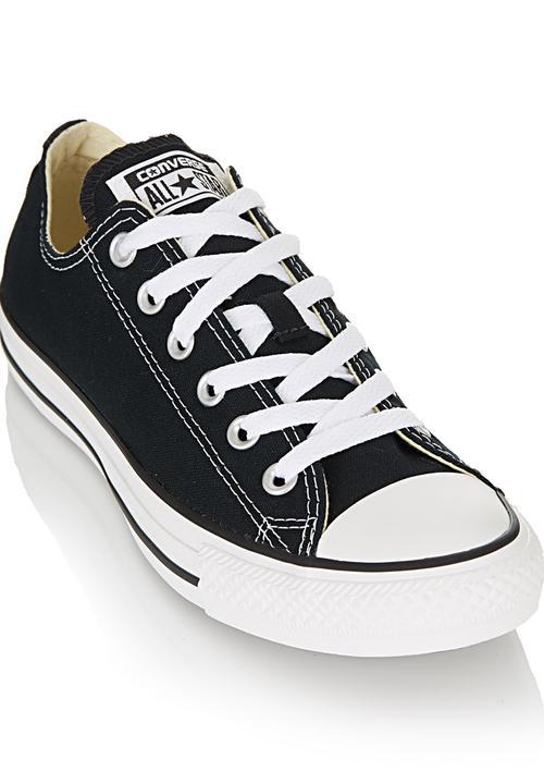 b008d11a2d08 Core Basic Low-cut Sneakers Black Converse Sneakers