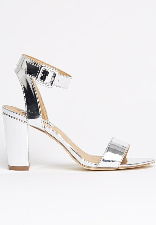 551c0e30425 Ankle-strap with Midi Chunky Heels Silver Madison® Heels ...