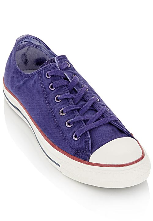 9072847a6398 Gaze-washed Low-cut Sneakers Purple Mid Purple Converse Sneakers ...