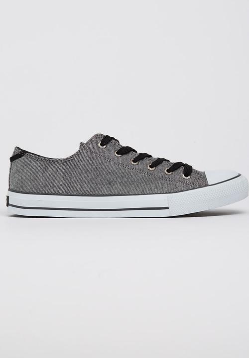 0506fe2afdea Levis Dunk Pitch Lo Sneakers Dark Grey Levi s® Sneakers ...