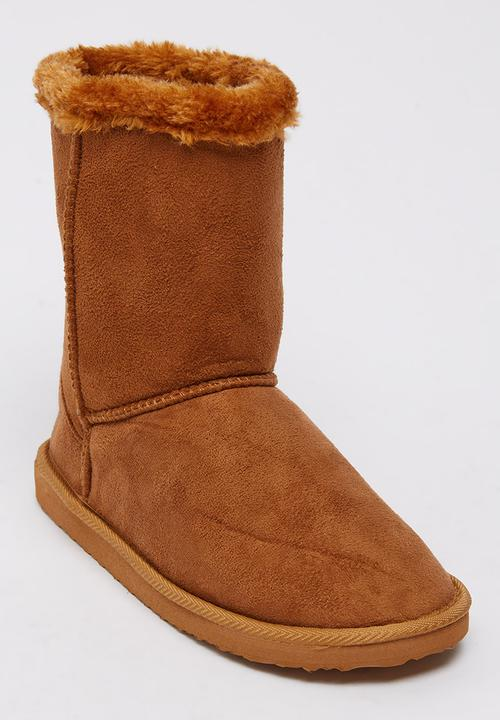 5ed2573a957b7 Ankle Boots with Faux Fur Trim Tan That's it Boots | Superbalist.com