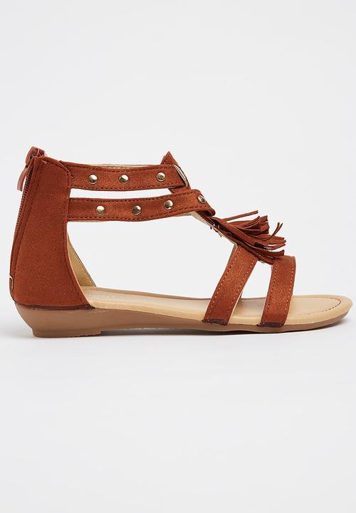 16edf0eb5bd7a Girls Tassel Sandal Mid Brown Pretty Feet Shoes
