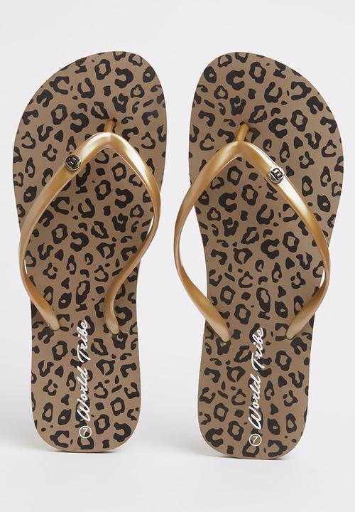 d5cc3da387cc13 Odyssey Flip-flops Animal Print World Tribe Sandals   Flip Flops ...
