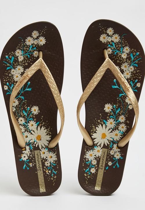 945f0bd02c3a Floral Flip-flops Gold Ipanema Sandals   Flip Flops