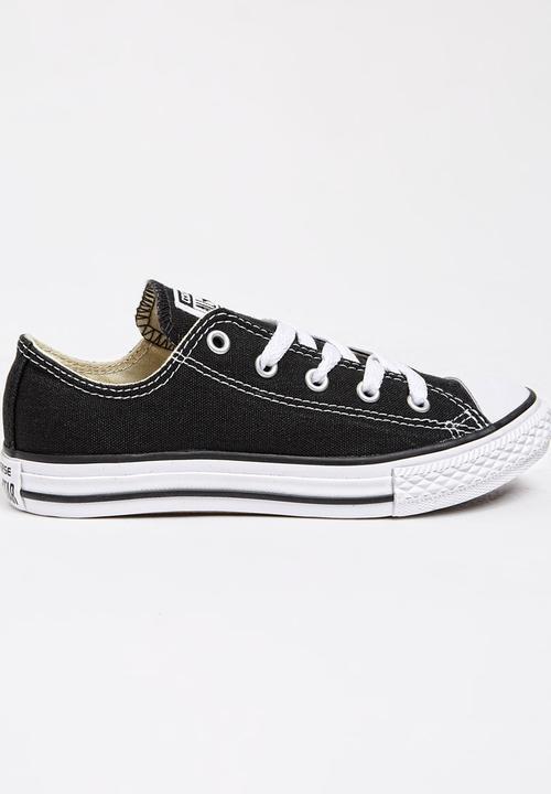 1a385f73146e Chuck Taylor Classic Sneaker Black Converse Shoes