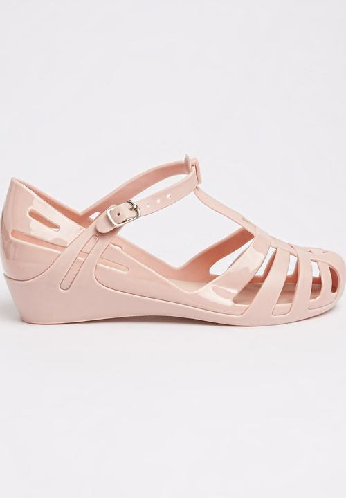 c9bf6feac882 Girls Sandal With Kitten Heel Pale Pink Candy s Shoes