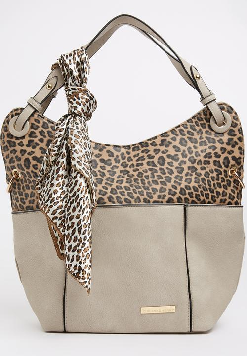 d83e1a4c22f5 Animal Print Shopper Bag Beige BLACKCHERRY Bags & Purses ...
