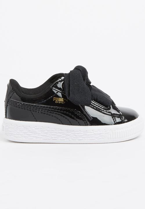 98f419e6279 Basket Heart Patent Infants Puma - black white PUMA Shoes ...