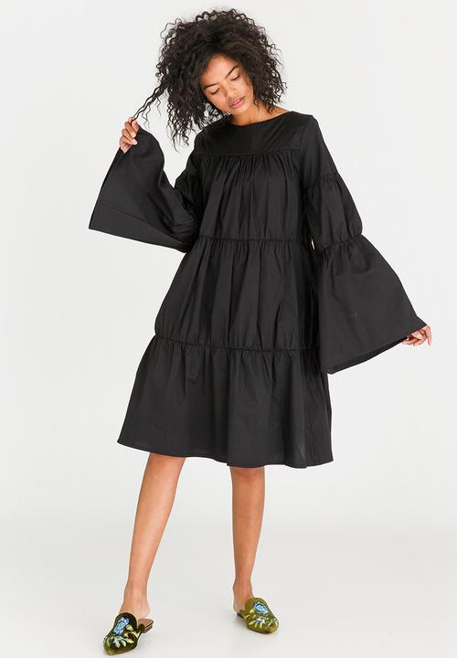 4c2587e6da1 Volume Tier Dress Black STYLE REPUBLIC Formal