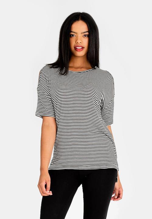 0e55d35332672 Cold shoulder stripe tee - black   white edit T-Shirts