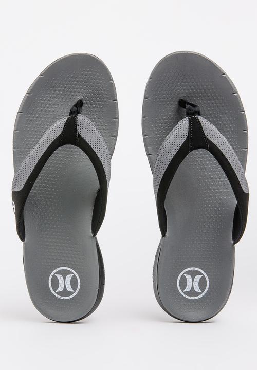 b9280e898 Phantom Free Sandal Grey Hurley Sandals   Flip Flops