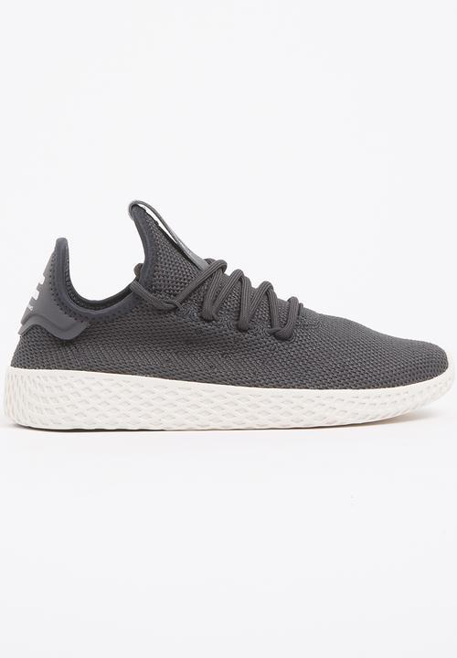 0a26fcfc8 PW Tennis HU J Sneaker Black adidas Originals Shoes