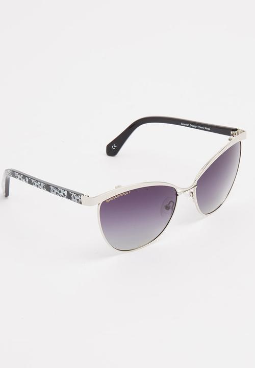 dc38f6b36f Avenida de la Paz Polarised Cat-Eye Sunglasses Black Lentes & Marcos ...