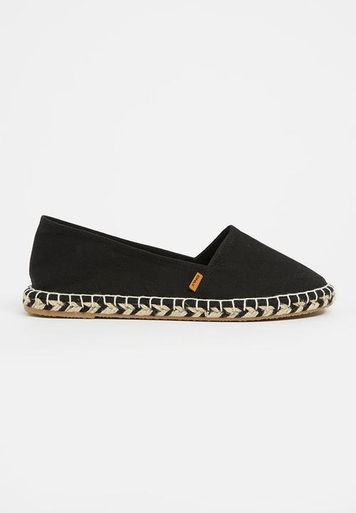 e5be5b2d68b45d Ellie Espadrilles Black ONLY Pumps & Flats | Superbalist.com