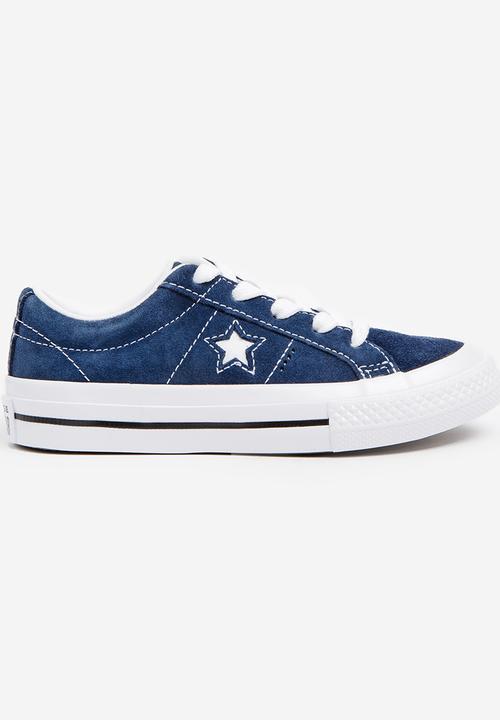 0da3f773044e One Star OX Sneaker Navy Converse Shoes