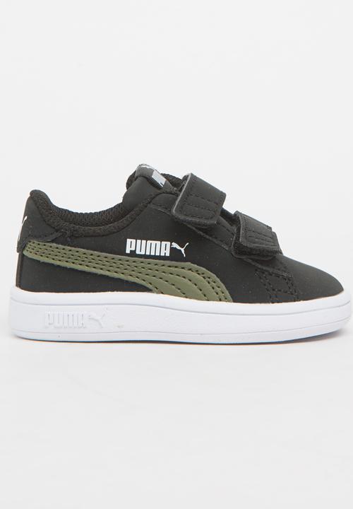 26262f2b948 Puma Smash V2 Buck V Sneaker Black PUMA Shoes
