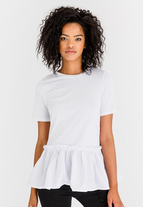 d329561759833 Frill Hem T-shirt White STYLE REPUBLIC T-Shirts, Vests & Camis ...