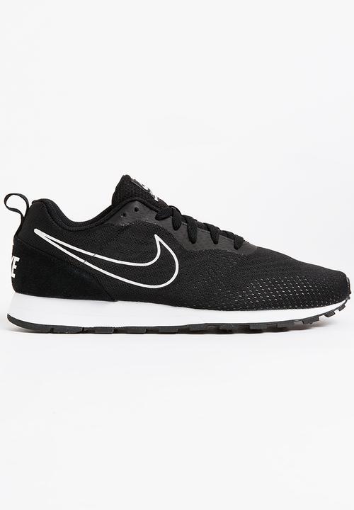 024c5b8a36d Nike MD Runner 2 Sneakers Black Nike Sneakers
