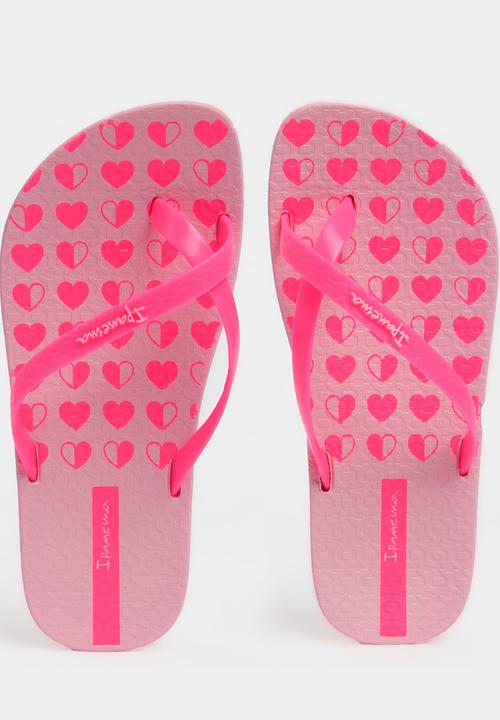 99686c78e011 Ipanema Charme Printed Flip FLop Dark Pink Ipanema Shoes ...