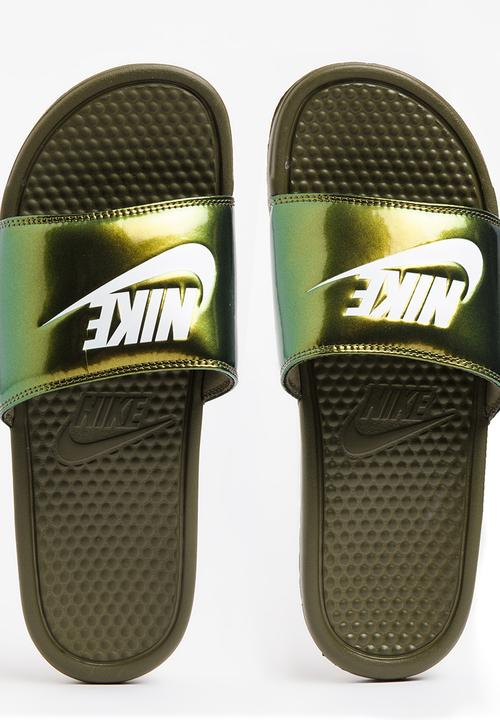 316045165 Nike Benassi Just Do It Print Flip Flops Khaki Green Nike Sandals ...
