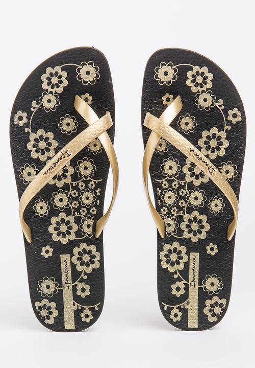ae377e7ac54d Charme Print Sandals Black Ipanema Sandals   Flip Flops ...