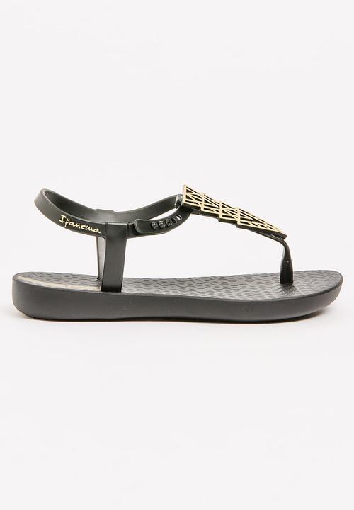 704dcd6e6 Charm Sand Kids Sandal Black Ipanema Shoes