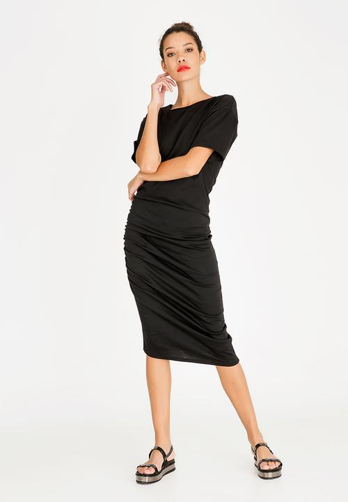 4109e8308c7 Ruched T-Shirt Dress Black STYLE REPUBLIC Casual