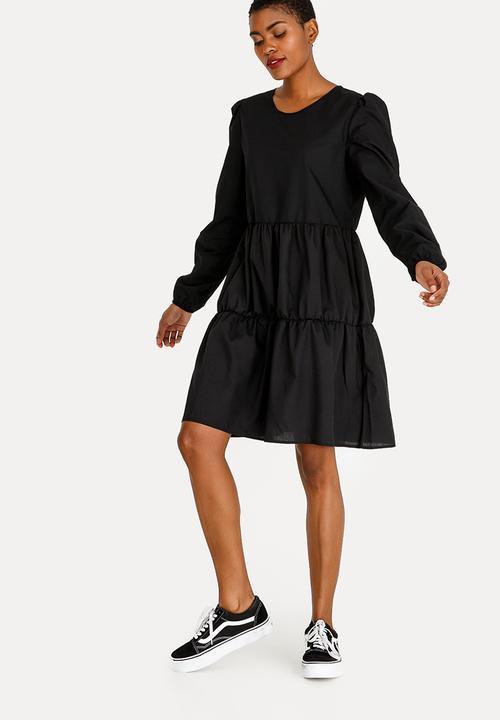 8e2021ecd65 Tier Volume Dress Black STYLE REPUBLIC Casual